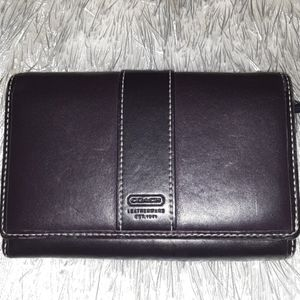 Coach Leather Wallet (Purple)